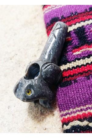 Трубка для курения из камня